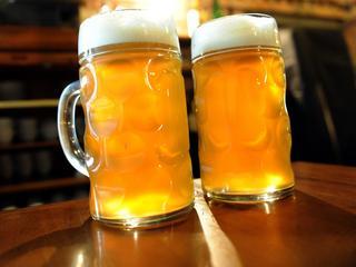 Piwo poprawia zdrowie na 10 sposobów [Grafiki]