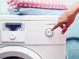 Kompaktowe pralki. Sposób nawet na najmniejszą łazienkę