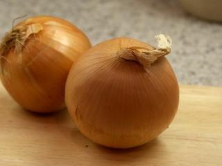 Cebula inaczej – rozgrzewająca i smaczna zupa cebulowa
