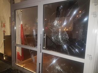Muzułmanie ze zdemolowanego ośrodka próbowali zaalarmować władze. Nic to nie dało