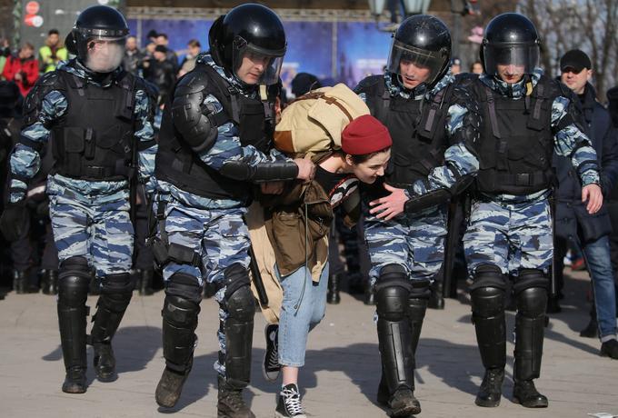 Władza rozpędziła demonstracje przeciw korupcji w Rosji. Setki aresztowanych