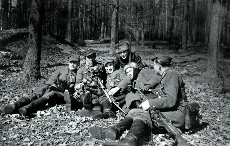 Partyzanci Narodowych Sił Zbrojnych z oddziału Las.