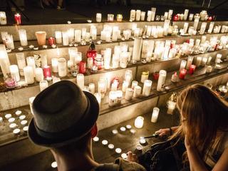 Polska nie gasi świeczek. W całym kraju odbyły się manifestacje