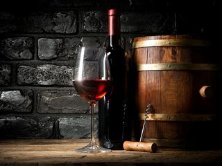 Pij na zdrowie! Czerwone wino leczy choroby serca