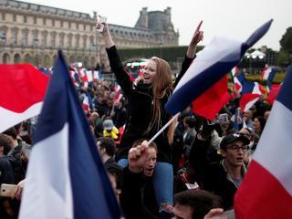 Macron obronił Francję. Obroni Europę?