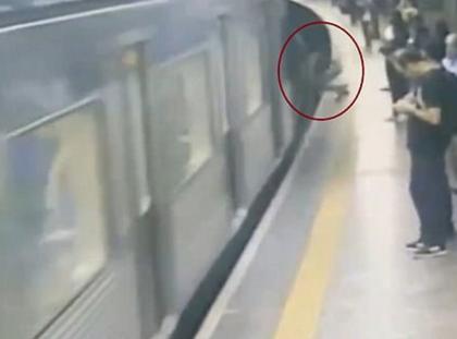 metro sao paulo wypadek, pociąg