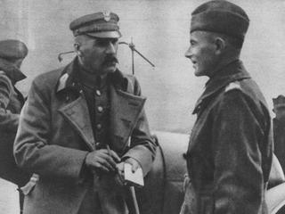 Niepodległość 1918. Czy Piłsudski wróżył z fusów?