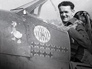 Jan Zumbach. Jak legendarny dowódca Dywizjonu 303. został najemnikiem