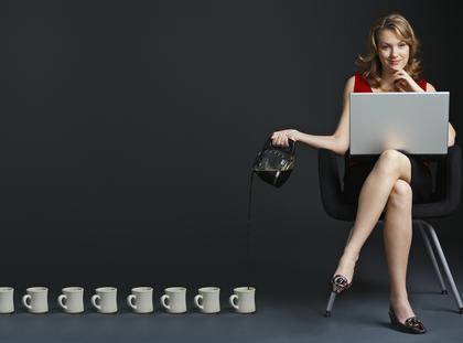 kobieta komputer biuro