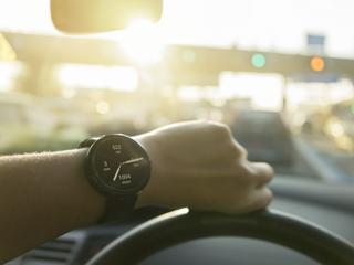 Zegarki hybrydowe. Klasyczna tarcza i nowoczesne aplikacje