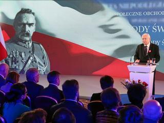 """""""Żałosna bajka o dyktaturze"""". Kaczyński grzmi w Święto Niepodległości"""