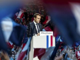 Czy Macron będzie malowanym prezydentem?
