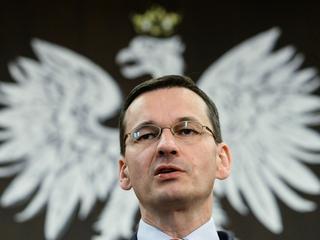 PiS odstrasza inwestorów? Hurraoptymizm Morawieckiego to tylko robienie min