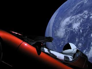 Tak Musk wystrzelił kabriolet w kosmos. Coś Wam to przypomina?