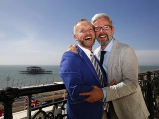 Rząd będzie musiał uznać prawa małżeństw jednopłciowych. Jest wyrok unijnego Trybunału