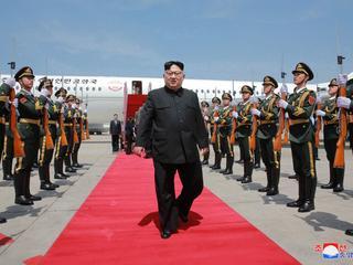 Kim Dzong Un grozi odwołaniem spotkanie z Donaldem Trumpem