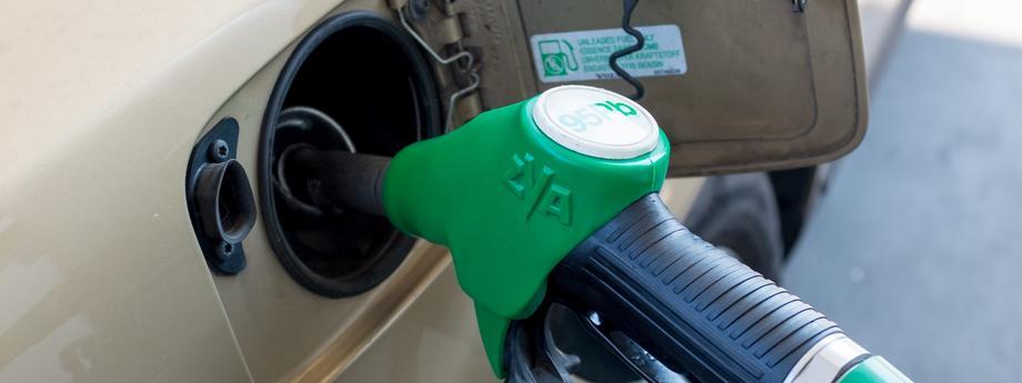 Stacja benzynowa benzyna paliwo