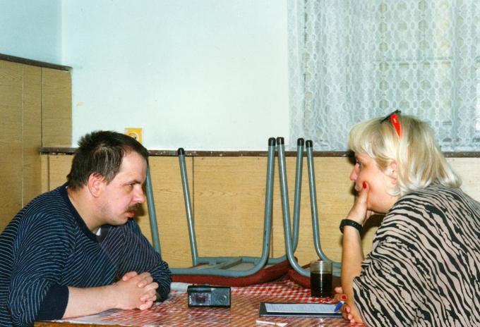 Magda Omilianowicz jako pierwsza dziennikarka rozmawia z Leszkiem Pękalskim, 1993 rok.
