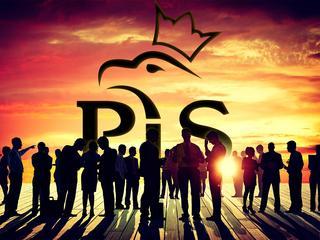Skąd się wziął sukces PiS? Przeczytajcie dwie książki