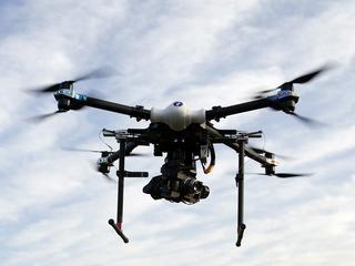 Marzysz o lataniu dronem? Wybierz model dla siebie [WIDEO]