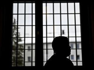 W więzieniu przesiedział 18 lat za gwałt i morderstwo. Prokuratura: Niesłusznie