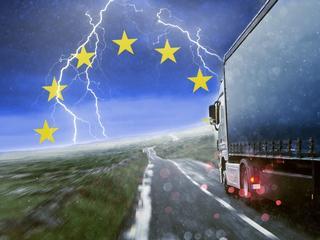 Ciemne chmury nad polskimi przewoźnikami. Bruksela zniszczy branżę?