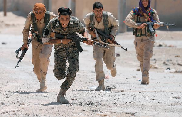 Syria, Ar-Rakka, żołnierze, dżihadyści