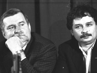 """""""Solidarność"""" bez Wałęsy, Kaczyński budowniczym niepodległości. Absurdalny konkurs dla uczniów podstawówek"""
