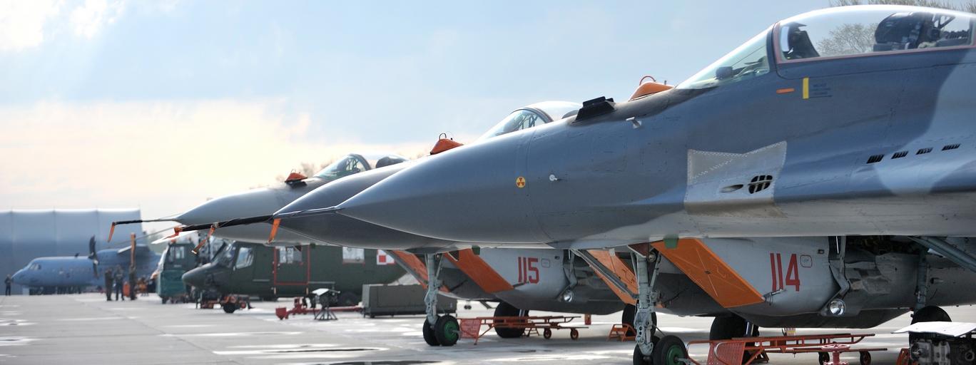 Samoloty MIG-29 myśliwce Siły Powietrzne RP lotnictwo
