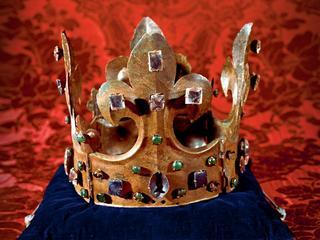 Co sie stało z koronami polskich władców?