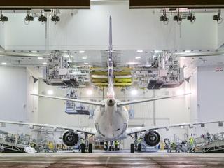 Na Okęciu wyląduje dziś nowa maszyna. Ten samolot ma odmienić jakość podróżowania po Europie