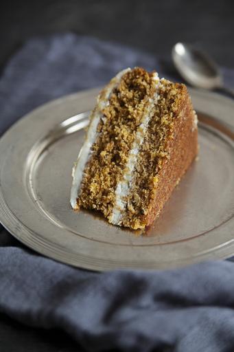 Jedzenie - ciasto marchewkowe