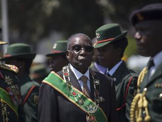 Zamach stanu w Zimbabwe. 93-letni Mugabe zamknięty w areszcie domowym
