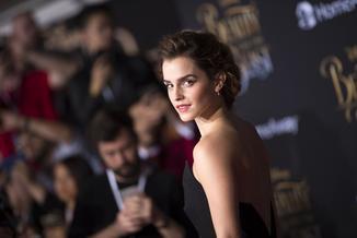 """""""Czy feministka może pozować nago""""? Rozebrana Emma Watson wywołała internetową burzę"""