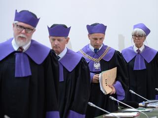 Władza i sędziowie idą na zderzenie czołowe