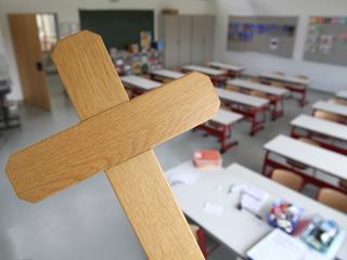 Zrobienie z katechetów wychowawców w szkołach to zły pomysł