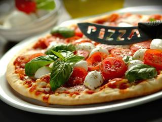 Schabowy, pizza, a może sushi? Kulinarne upodobania Polaków