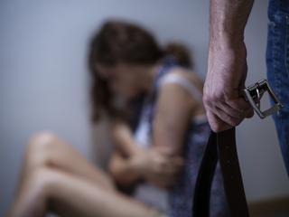 """""""Przemoc domowa to nie żart"""". Kobiety chcą przeprosin za słowa Adamka"""