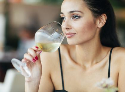 wino kobieta alkohol