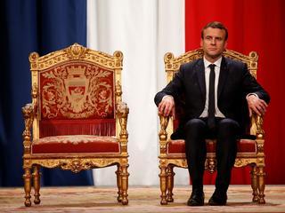 Macron rozbił polityczny bank