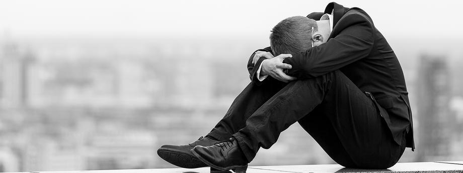 praca, zwolnienie, depresja, smutek