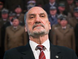 Macierewicz sugeruje spisek generałów. I udowadnia, że nie powinien być szefem MON