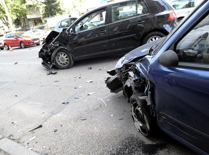 WYPADEK stłuczka samochód