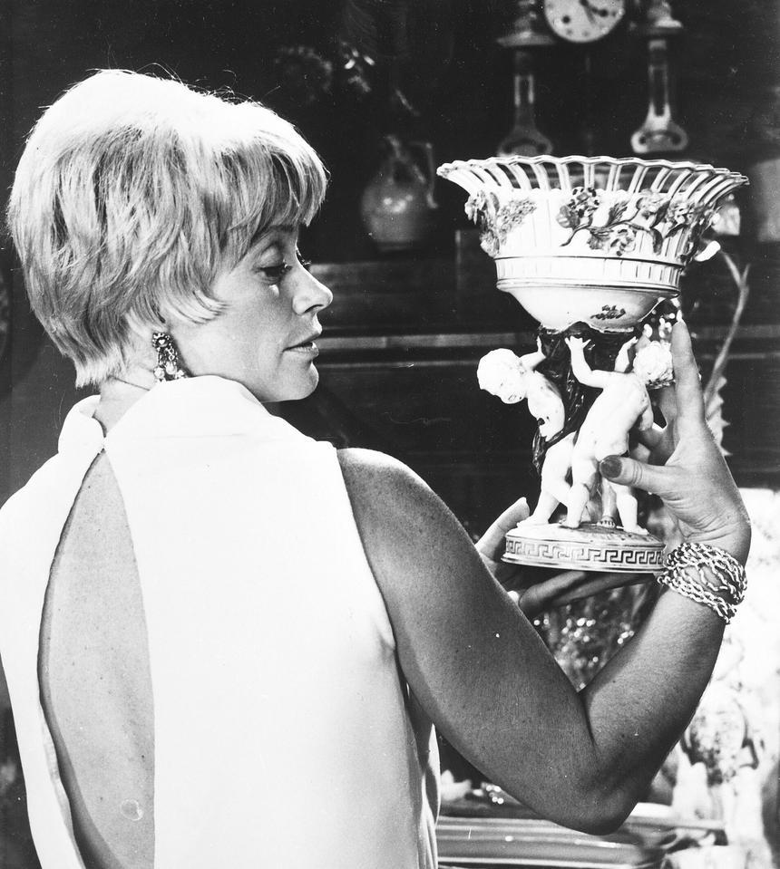 """Alina Janowska w filmie """"Poradnik matrymonialny"""" z 1968 r."""
