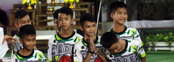 Chłopcy uratowani z jaskini Tham Luang w Tajlandii wyszli ze szpitala.