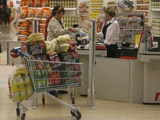 Biedronka i Lidl kontra polskie sieci handlowe
