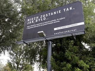 """Za pieniądze państwowych spółek PiS """"wynosi polskie spory za granicę"""""""