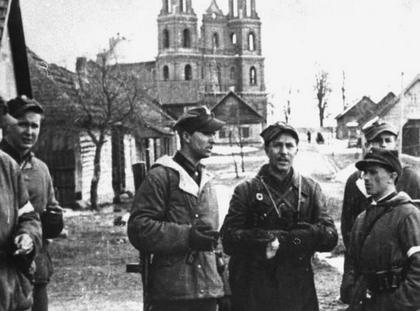 Żołnierze 3 Wileńskiej Brygady Armii Krajowej w Turgielach (1944)