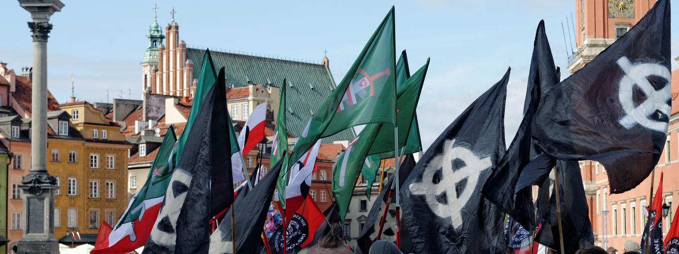 Nacjonaliści nacjonalizm krzyż celtycki skrajna prawica neofaszyści