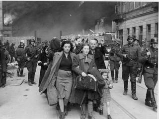 """Profesor Szlajfer pisze do Dudy: """"Żydowscy powstańcy z getta zasługują na więcej..."""""""